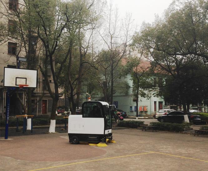 扫地机案例-安阳市第一中学