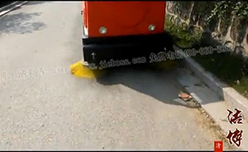 扫地机视频(路面清扫)