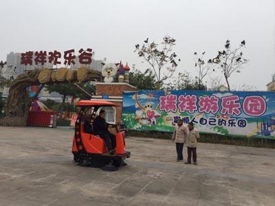 小型扫地车案例-瑞祥景区