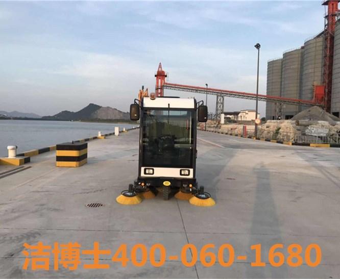 洁博士驾驶扫地车客户案例-宁波汇金水泥制品有限公司