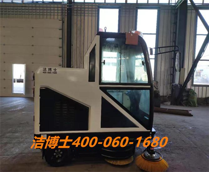 洁博士电动扫地车用户案例——龙庆钢构集团