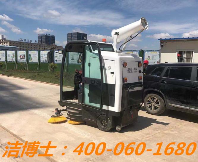 洁博士扫地车客户案例——云南灼成建筑劳务有限公司