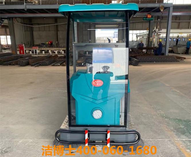 洁博士驾驶扫地机客户案例-南京平达绿色建材科技有限公司